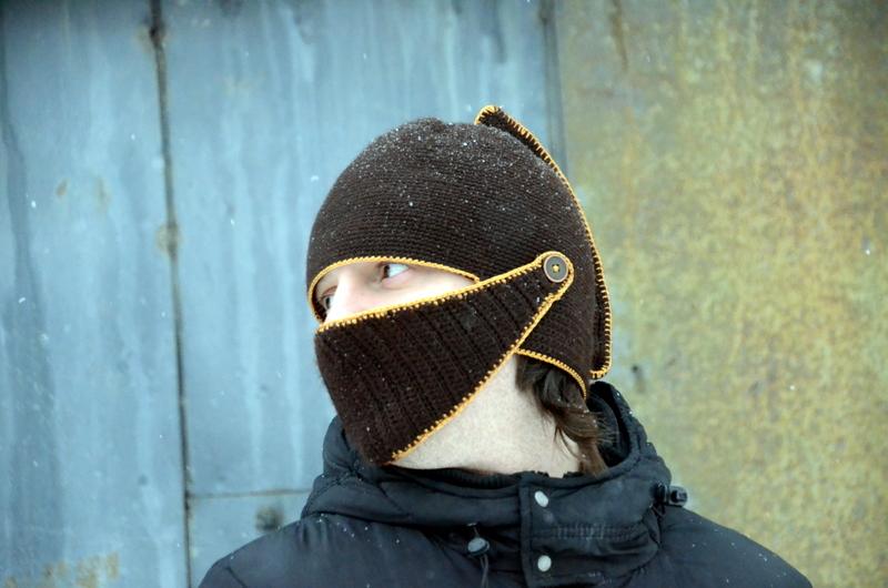 Вязаный шлем легионера Столбик с накидом