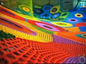 Hand-Knitted-Playground_03